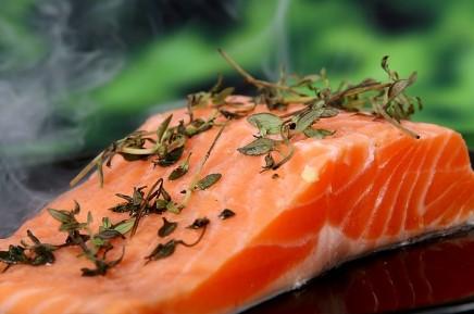 Makanan Anti Radang Sendi (Ikan Salmon)