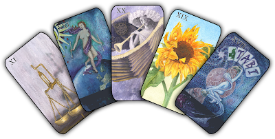 A five tarot card pattern with Justice, The World, Judgement, The Sun, and The Star.