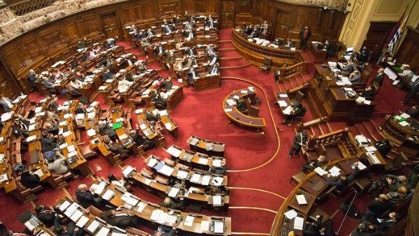 Cámara de Diputados de Uruguay aprueba articulado de la LUC