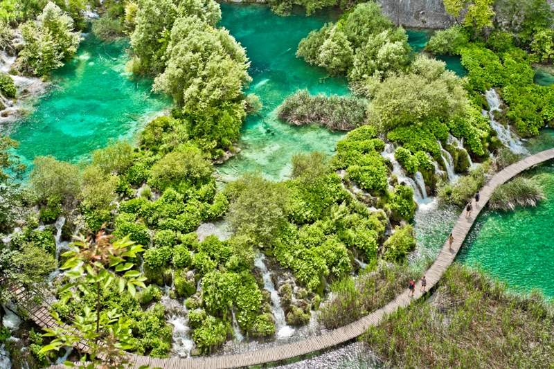 insight vacations plitvice lakes national park croatia