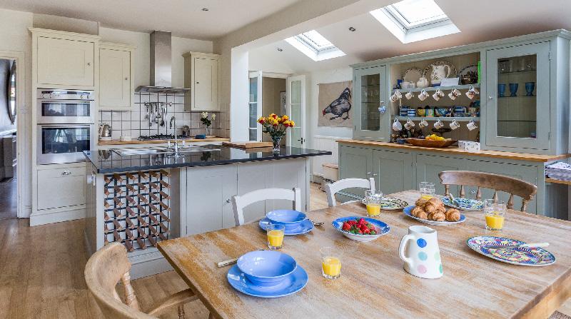 Dormire nelle case più belle di Londra autentico stile country in città cucina