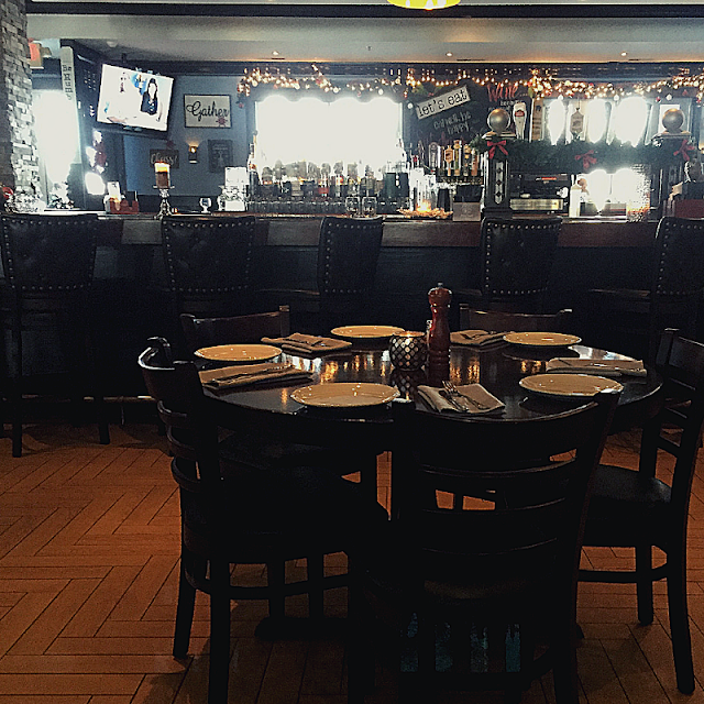 Great spots to relax at the bar at VAI's Naperville.