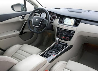 Peugeot 508 interior - dashboard