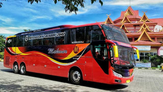 Bus Makmur