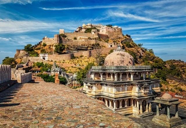 Kumbhalgarh fort in Hindi