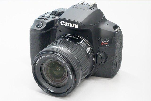 Canon Kiss X10i