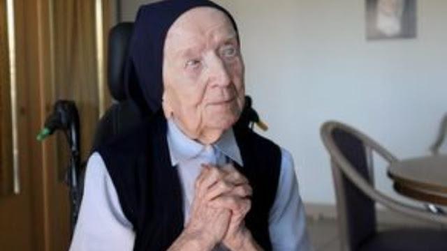 Γαλλίδα μοναχή 117 χρονών νίκησε την Covid-19