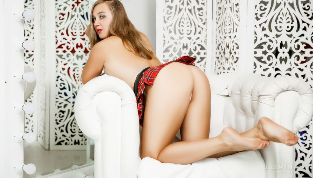 SquirtJessyX Model GlamourCams