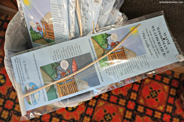 Maine Woodsman's Weather Stick en Land's End Gift Shop