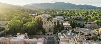 What is the best time to visit Santa Fe?