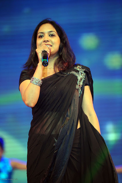 Singer Sunitha stage performance photos