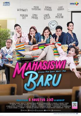 poster film Mahasiswi Baru