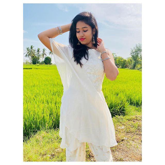 Neha Chowdary 21