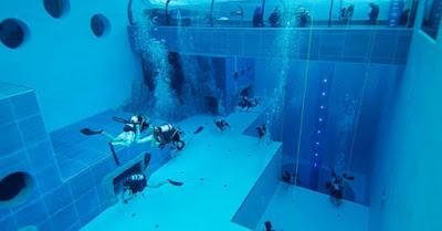 Kolam Renang Indah Terdalam di Dunia