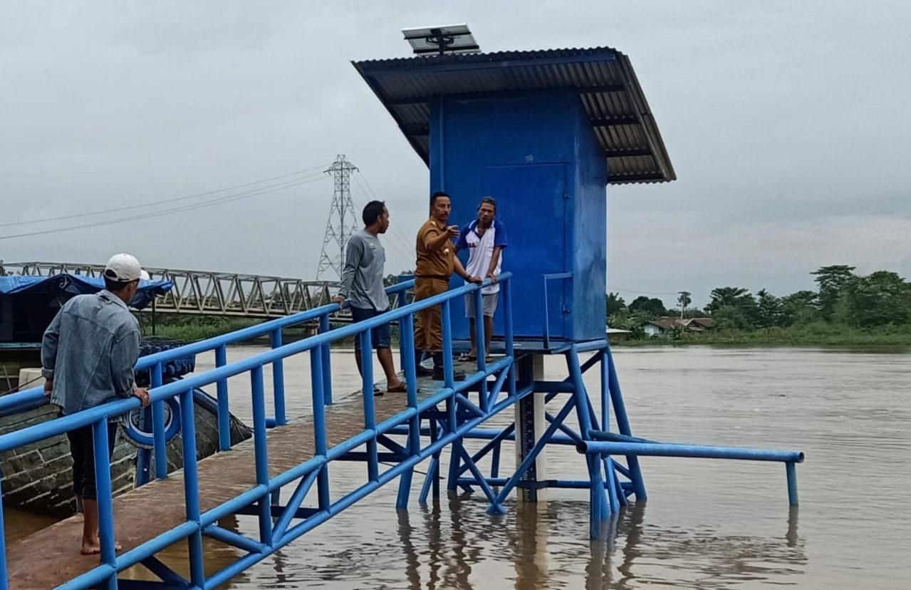 Berbak Waspada Banjir Musim Penghujan