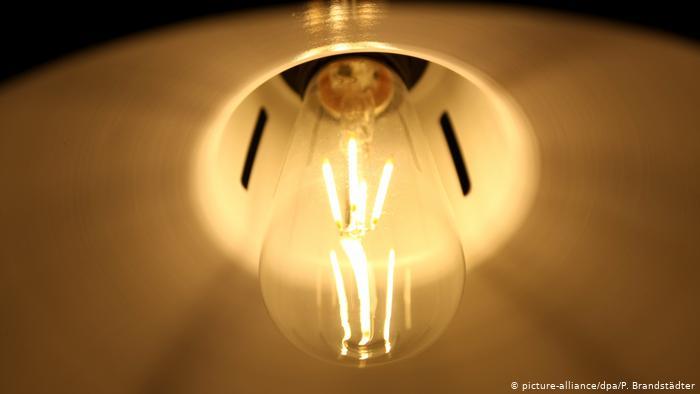 باحثون صهاينة يطورون تقنية تجسس عبر مصابيح ليد