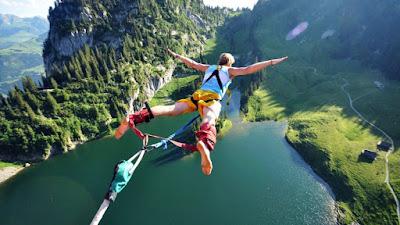 Bungee Jumping Nedir ? Nasıl Yapılır ?