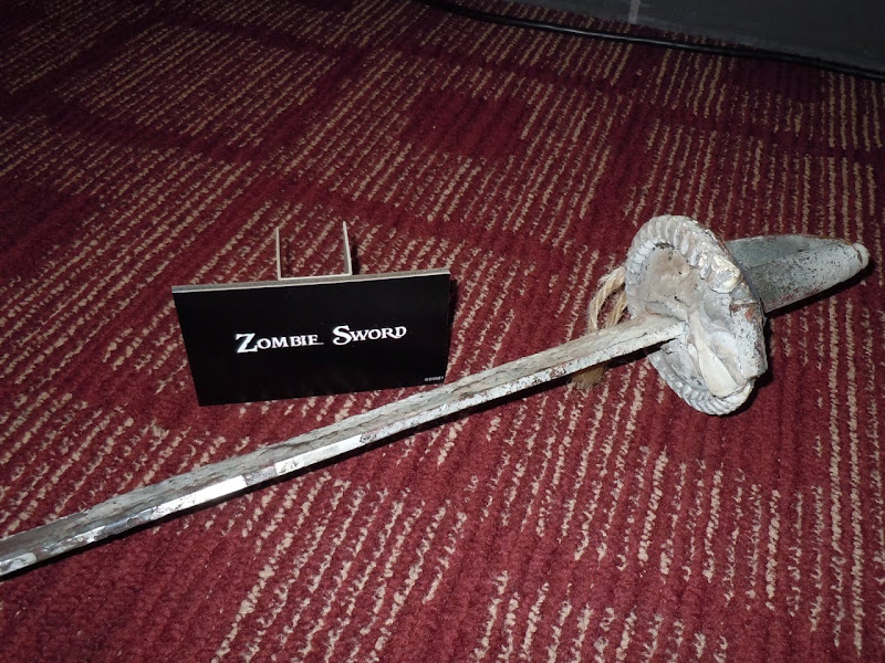 Pirates On Stranger Tides Zombie sword