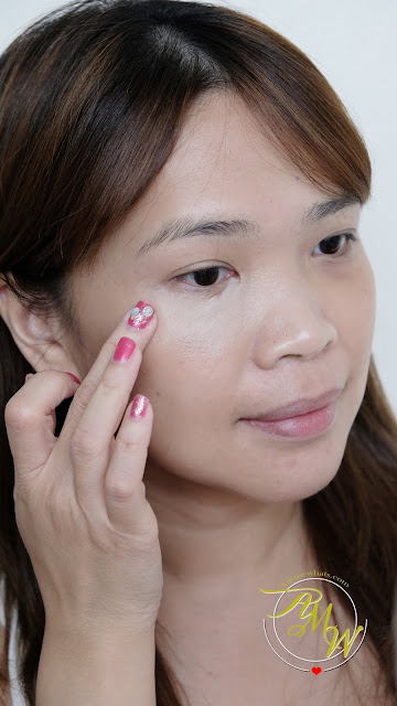 a photo of Innisfree Mineral Essential Concealer Review by Nikki Tiu of www.askmewhats.com
