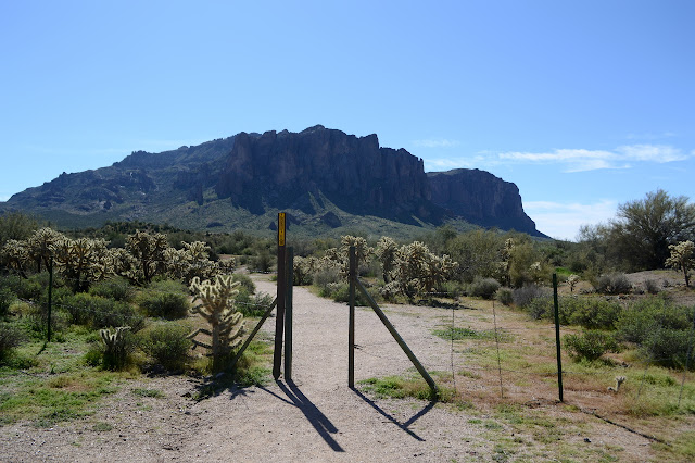 Susperstition Mountains