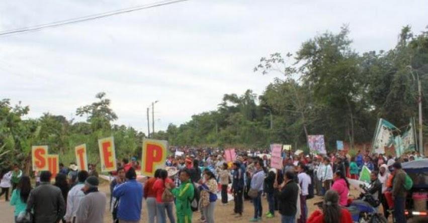 Casi un millón de escolares pierden clases por huelga de docentes