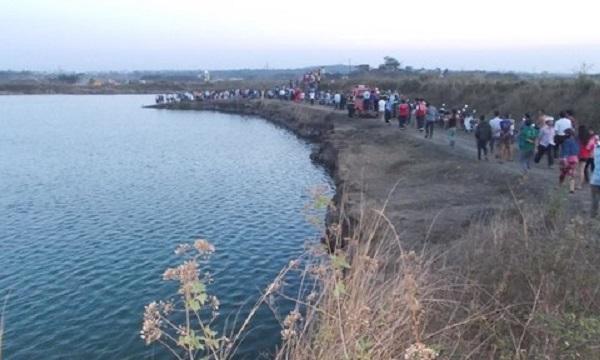 Gia Lai: Bố mẹ vắng nhà, 2 anh em ruột chết đuối dưới hồ