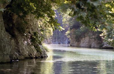 ΑΧΕΡΟΝΤΑΣ: Ταξίδι στον μυθικό ποταμό άνευ... οβολού