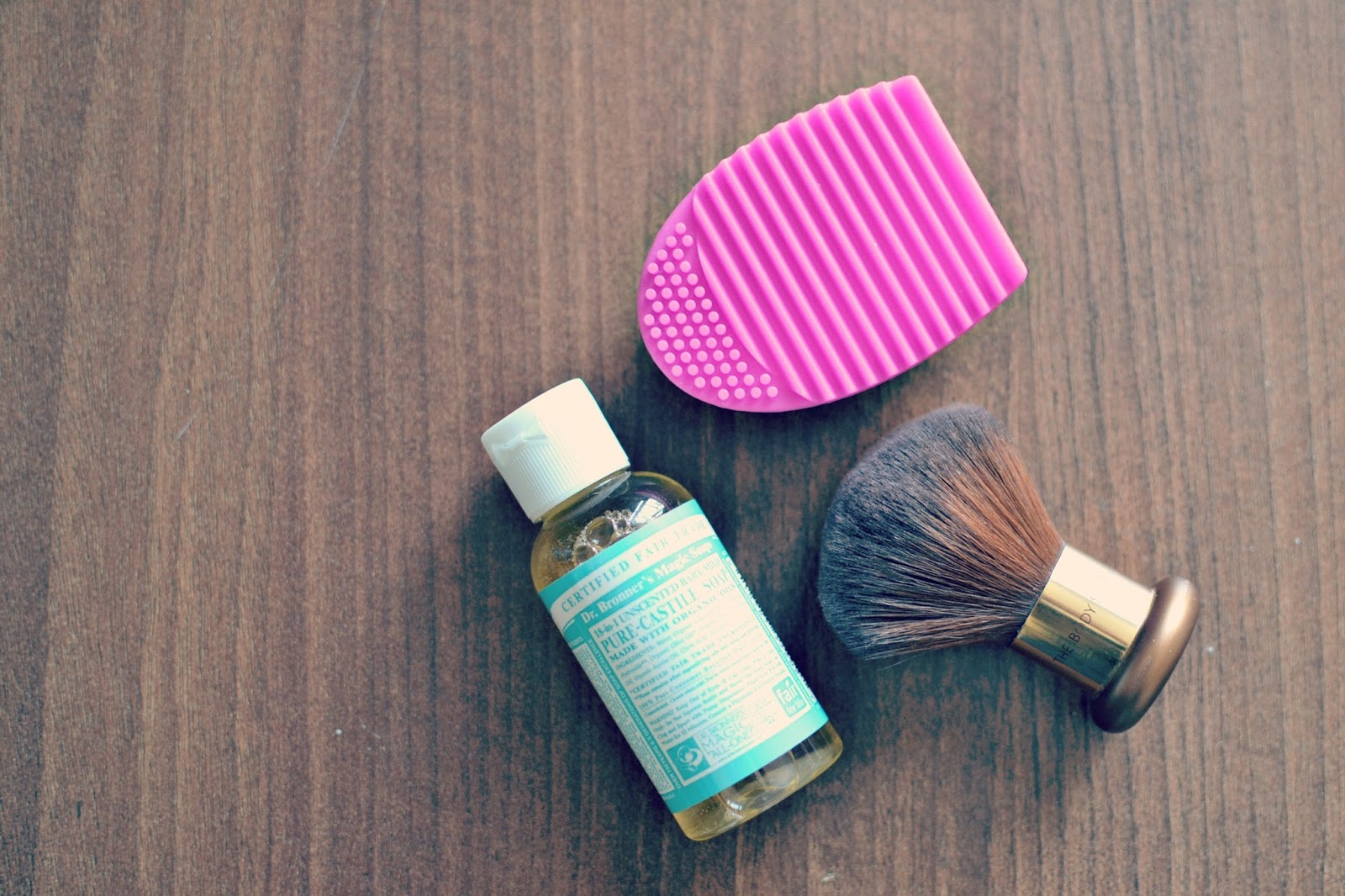 Primark brush cleaner tool review