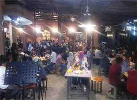 Dafa Cafe Ujung Loe
