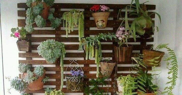 Jardineras de madera jardin vertical for Jardinera de madera vertical