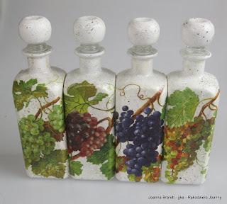 Decoupażowy zestaw karawek na wino