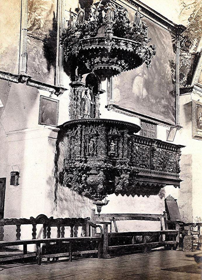 Foto antigua del famoso Púlpito de San Blas en el Cusco