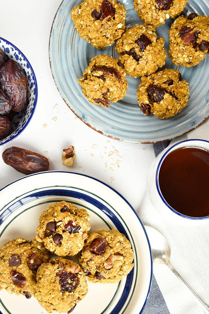Pumpkin Oatmeal Medjool Date Breakfast Cookies (vegan)