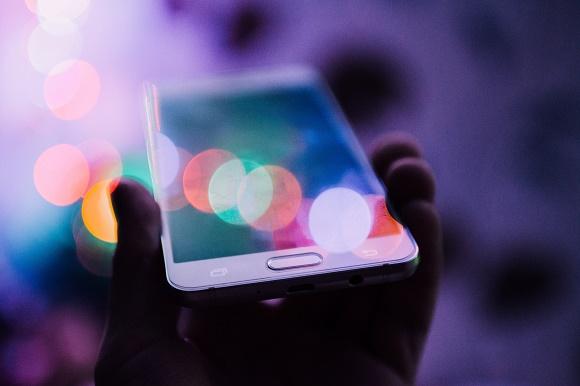 تعرف على هدا التطبيق الرائع للرد التلقائي على المكالمات و الرسائل النصية