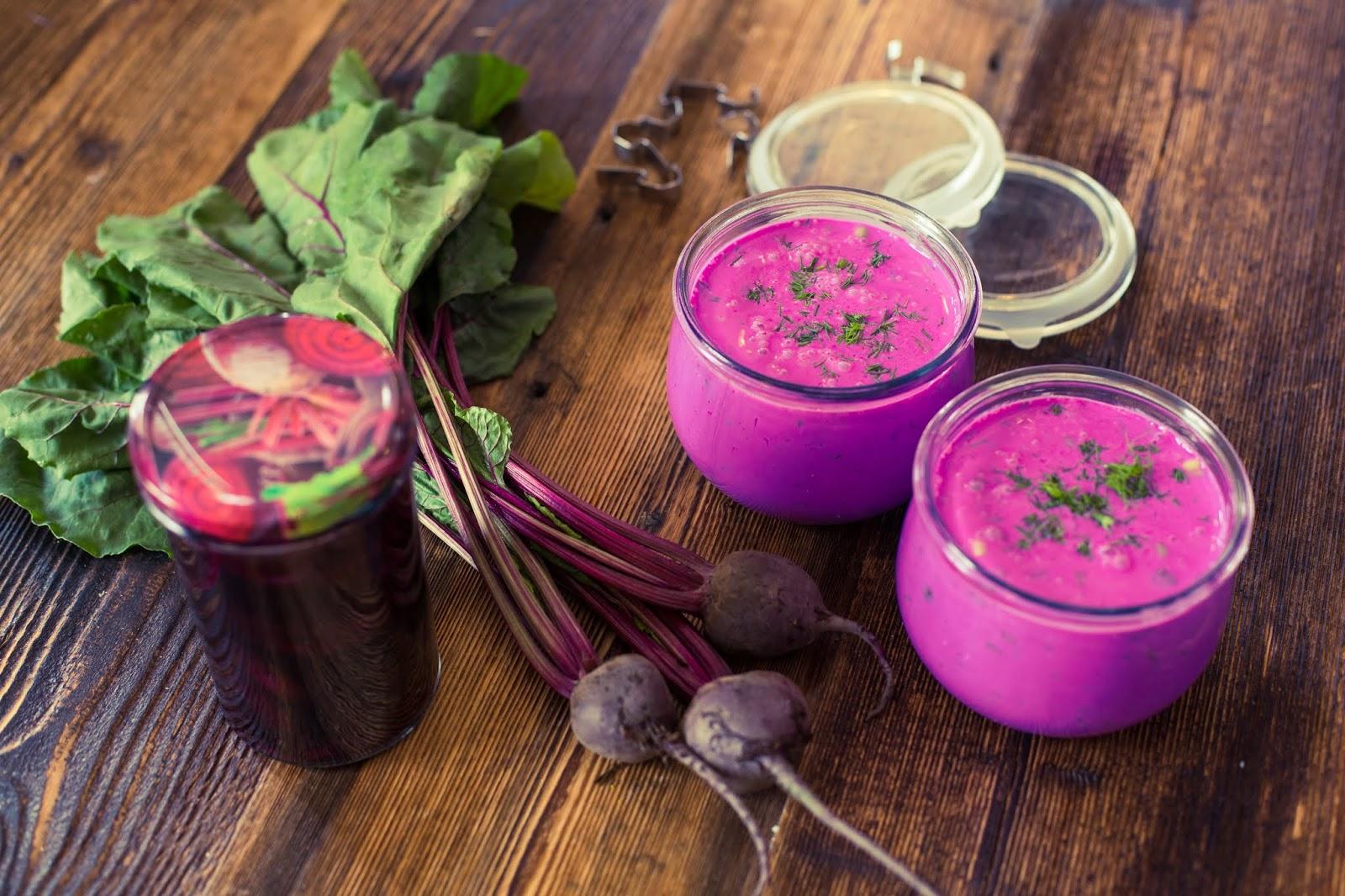 przepis na chłodnik z kiszonych buraków zupy idealne na upał ciepłe dni przeis na jogurt kiszone buraki kiszonki