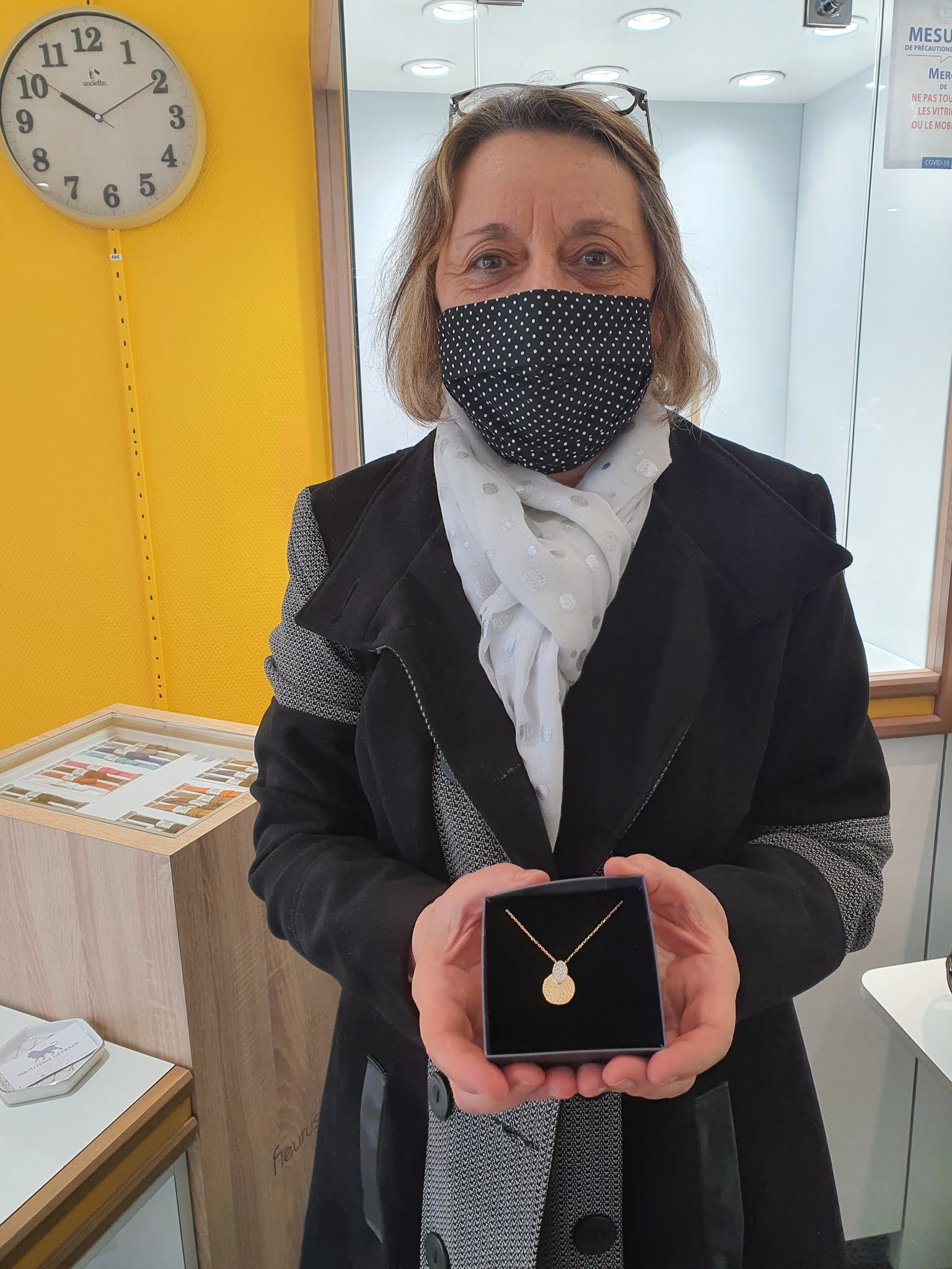 Anne-Marie gagnante du concours sur internet