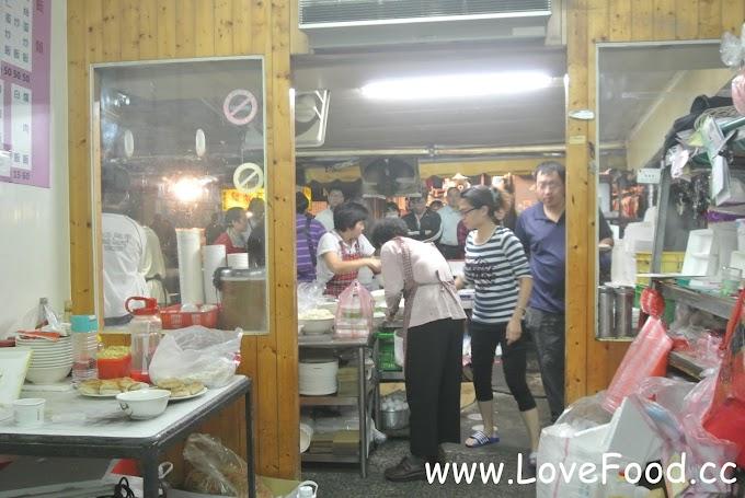 苗栗竹南-民族街無名 蚵仔煎 炒飯 炒飯-平價美食