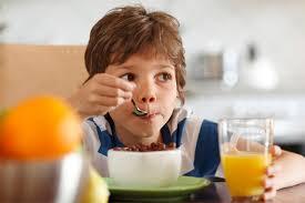 أفضل الأطعمة التى تساعد على زيادة طول الطفل