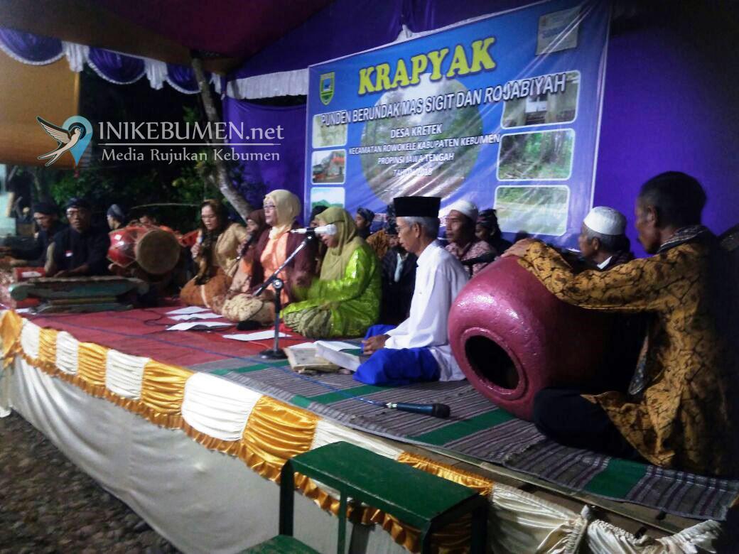 Warga Kretek Jaga Tradisi Krapyakan di Punden Berundag Mas Sigit