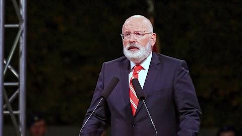 Timmermans: a jogállamiság fokozott ellenőrzésére van szükség