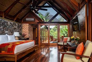 Costa Rica Honeymoon Destinations amor arenal