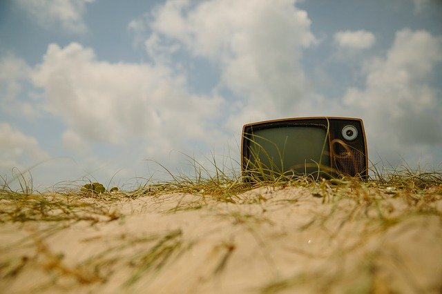 Keberadaan TV Tabung Semakin Tersingkirkan oleh TV LCD
