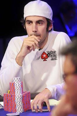Jason Dewitt adalah pemain poker profesiona