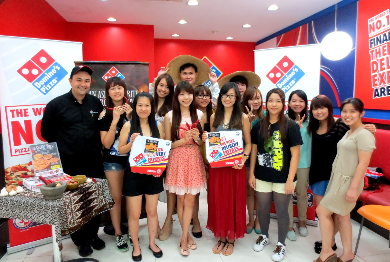OMY Event : Get hot with Domino's ~   Elgenahearts~