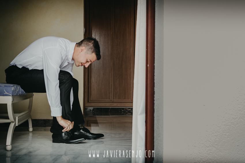 traje de novio zapatos