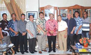 Mulai tahun 2016, Pemkab Tapteng bekerjasama dengan Yayasan Matauli, Universitas Sumatera Utara (USU) dan Universitas Negeri Riau (UNRI) akan mendirikan Sekolah Tinggi Perikanan dan Kelautan (STPK) Matauli.