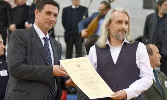 Ένα βραβείο για τον Αντώνη Παπαλάμπρου