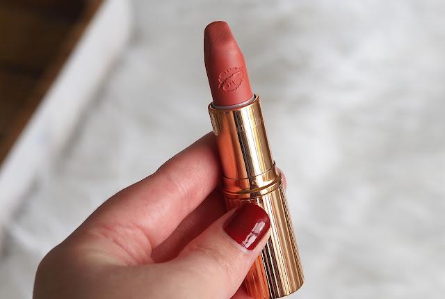 Charlotte Tilbury Hot Lips Lipstick in Sexy Sienna