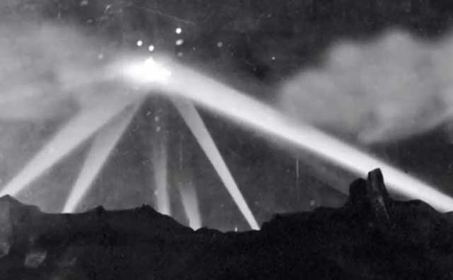 Battle of Los Angeles, 25 February 1942, worldwartwo.filminspector.com