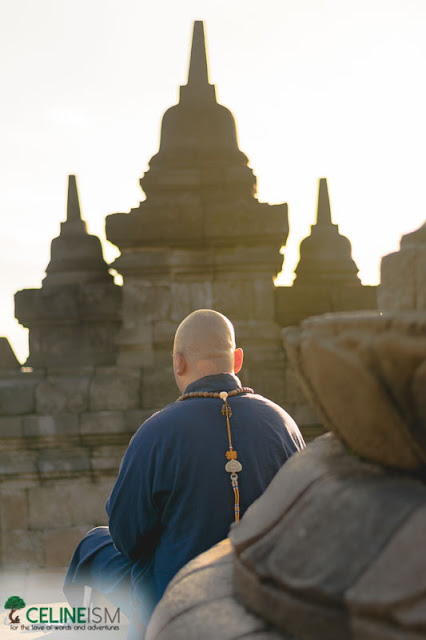 monks in borobudur